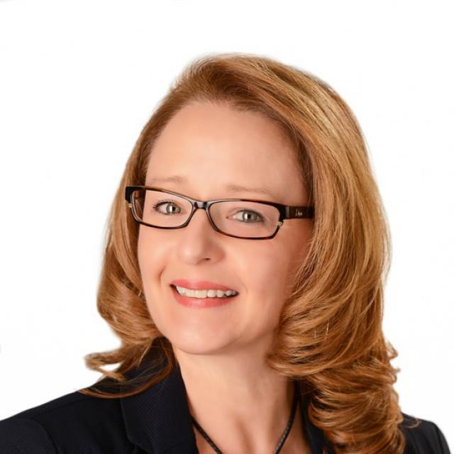 Tina Ruhl
