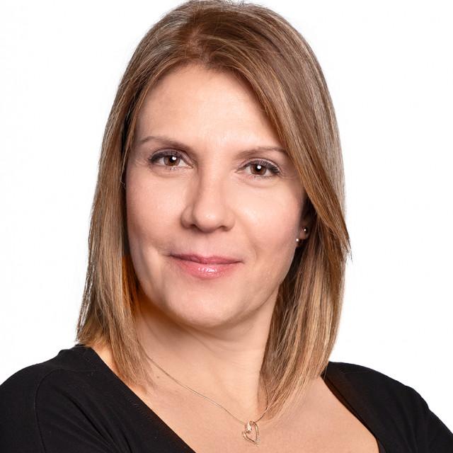 莫妮卡De Sousa