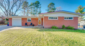 917 Ferndale Road, Lincoln
