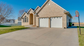 10441 N 152nd Court, Waverly
