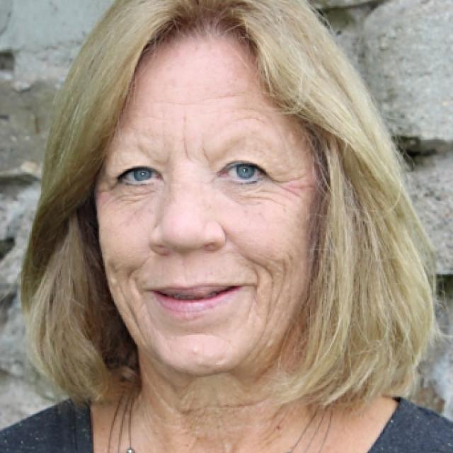 Vicki Carper