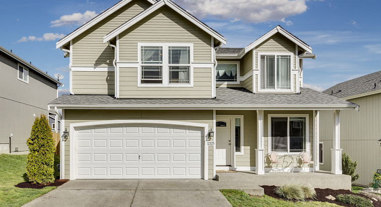 4 Exterior Areas of Your Home to Spruce Up Before Selling